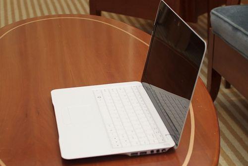 MSI X-Slim 320: ультратонкий 13-дюймовый нетбук