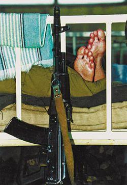 """Россия: """"Хулиганы"""" избили и ограбили полк разведчиков прямо в казармах"""