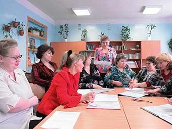 Учительницу уволили за оценку на лбу первоклашки