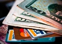 В каких местах нельзя хранить деньги?