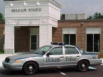 Американская полиция разыскивает вежливого грабителя