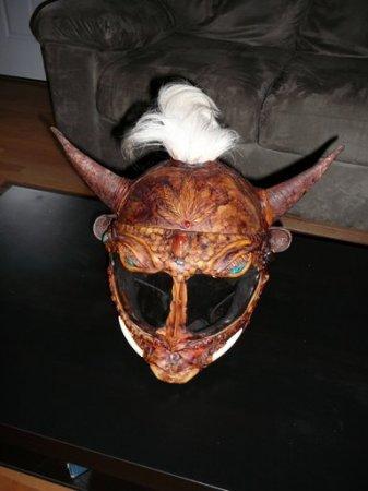 Необычные мотоциклетные шлемы