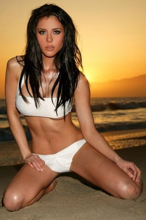 Ursula Mayes is the International Babe of the Day