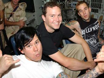 Blink-182 записали первую песню за пять лет
