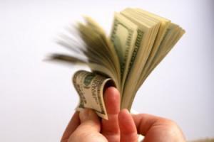 Белстат: отрицательное сальдо внешней торговли превысило два миллиарда долларов