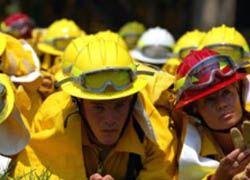 В США чернокожие не пускают белых в пожарные