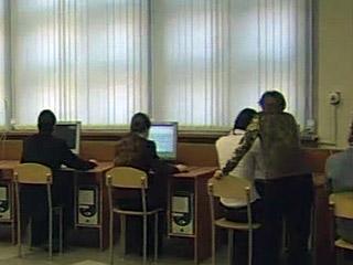 """Школьники скачивали из интернета порно в рамках нацпроекта """"Образование"""""""