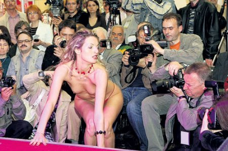 Эротическая выставка «X'Show-2009» в Москве