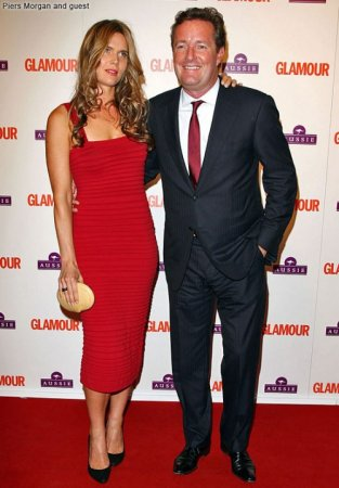 Звездные наряды на церемонии The Glamour Awards 2009
