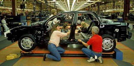 Бренд Saturn купит легендарный миллиардер-автогонщик