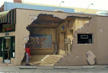 Объемные картины на стенах