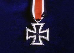 """В Германию вернулся """"Железный крест"""""""