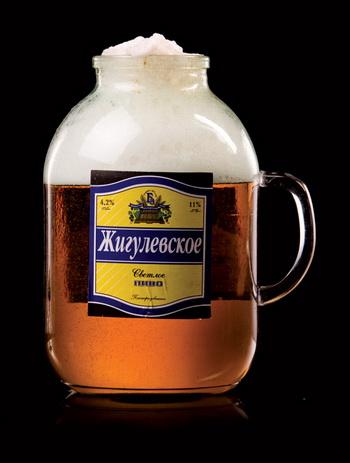 В Беларуси на законодательном уровне может быть введена норма, разрешающая употреблять пиво только, если бутылка упакована в непрозрачный пакет.