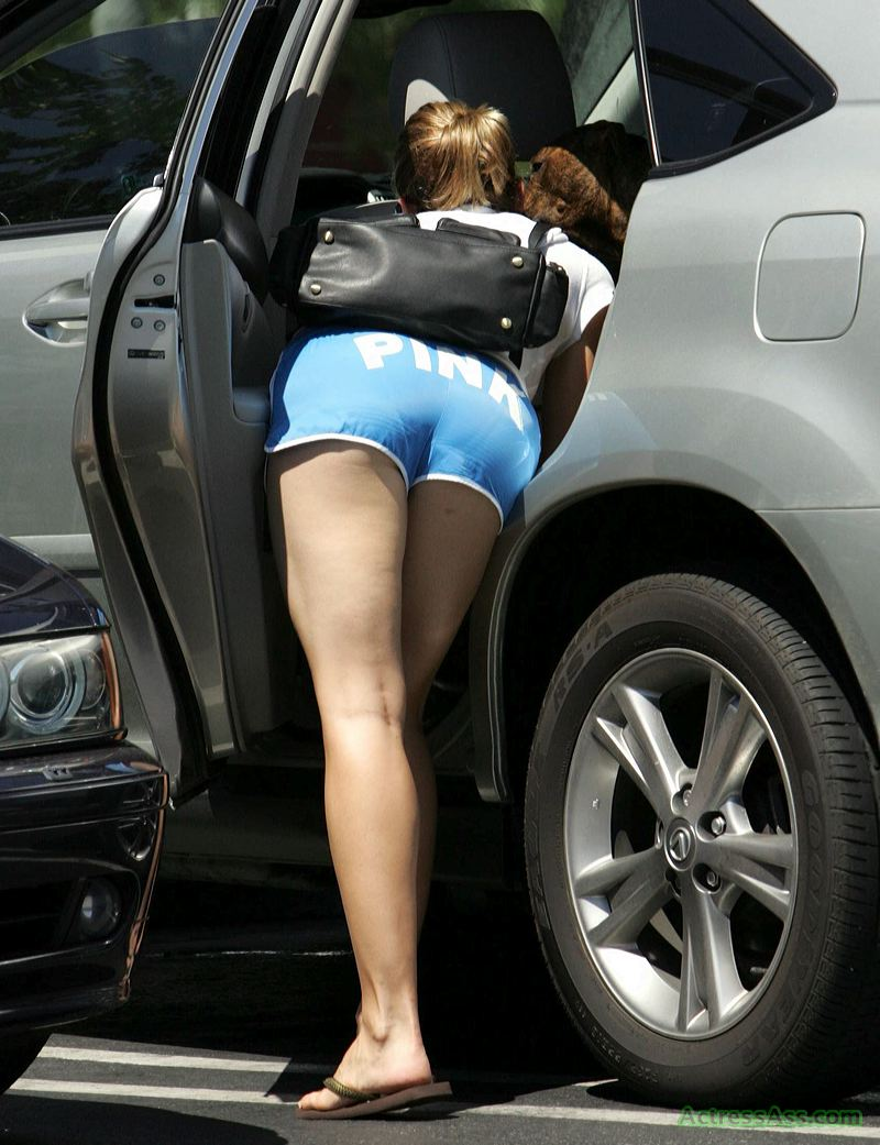 Jessica biel tight ass, virgin jailbait fuck videos