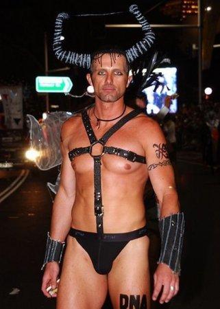 Парад сексменов
