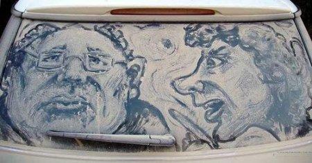 Рисунки на грязных машинах