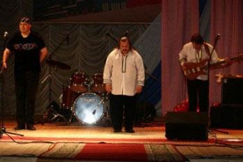 Фальшивые «Песняры» гастролируют по России и Украине