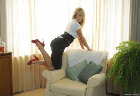 Headmistress Mackenzie (StMackenzies.com)