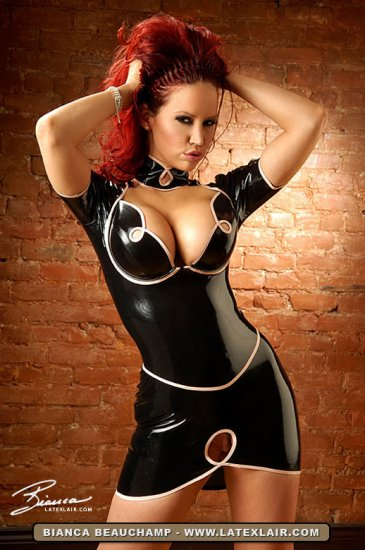 Girl in latex. part.4