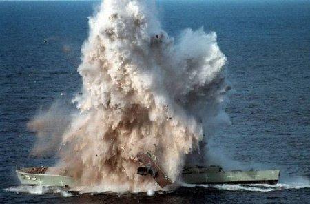 Прямое попадание торпеды