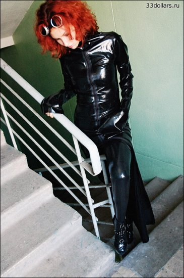 Girl in latex. part.7