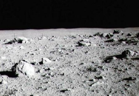 Чем дышать на Луне?
