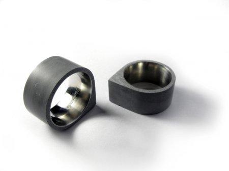 Дизайнерские кольца из цемента и стали