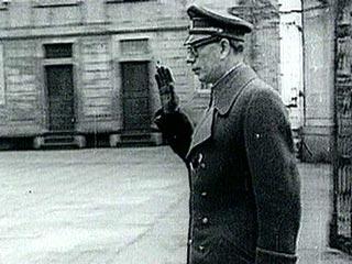 """Синод РПЦЗ заявил, что генерал Власов не предатель, а """"символ сопротивления безбожному большевизму"""""""