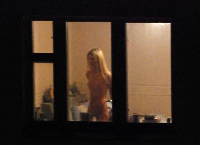 подсмотренное порно через окно