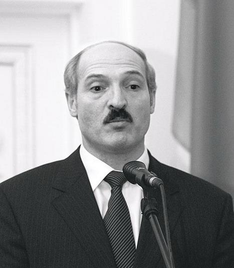 Лукашенко хочет в 2010-м ходить с гордо поднятой головой