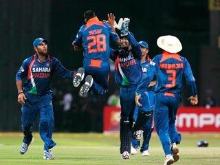 Сборную Индии по крикету заставляют мастурбировать