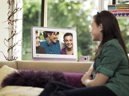 Sony представила свой первый портативный телевизор BRAVIA S57