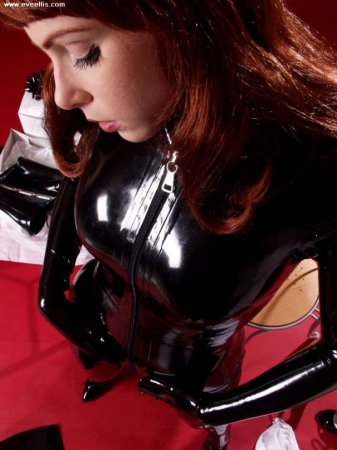 girls in latex part.11