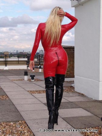 girls in latex part.17