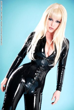 girls in latex part.18