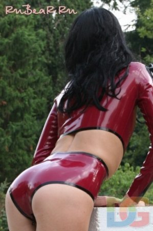 girls in latex part.19