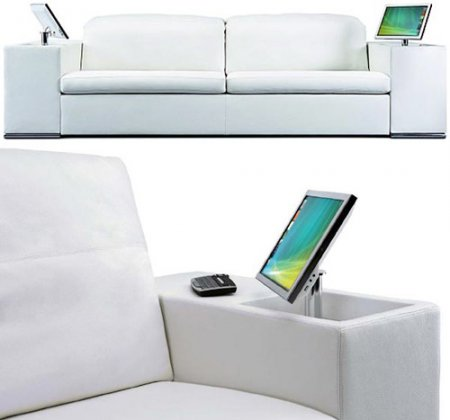 Мультимедийный диван