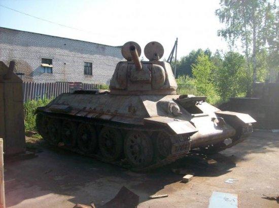 Техника времен войны, поднятая из болот Псковской области