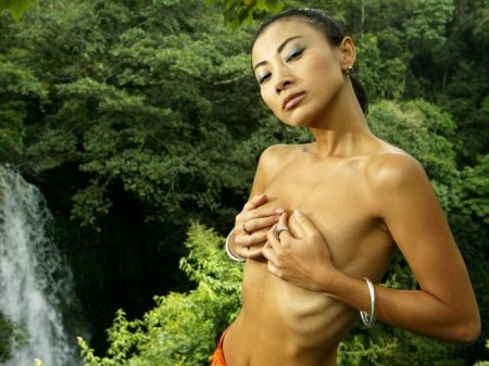 Bai Ling is petite hotness