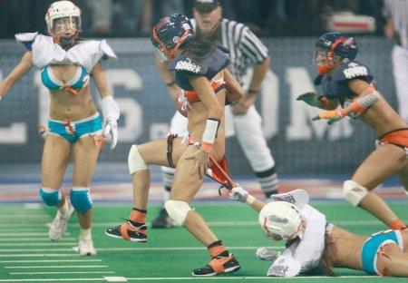 Чемпионат по американскому футболу в нижнем белье
