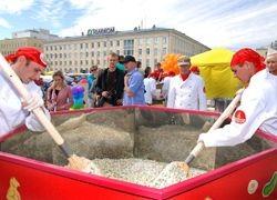 Самый большой Оливье сделали в российской глубинке