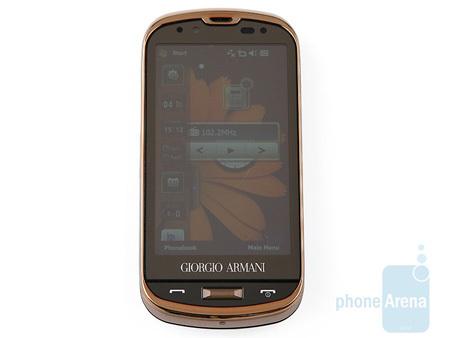 Шикарный коммуникатор Samsung Giorgio Armani