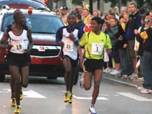 На марафоне в Детройте умерли трое бегунов