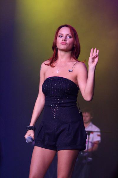 Певица МакSим выступила на сцене Дворца спорта