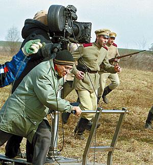 """Лукашенко требует от """"Беларусьфильма"""" прибыльных блокбастеров"""