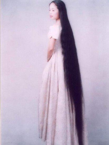 Дамы с длинными волосами