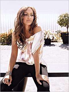 Leona Louise Lewis