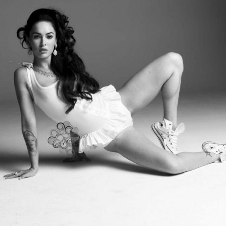 Актриса Меган Фокс в сексуальной фотосессии