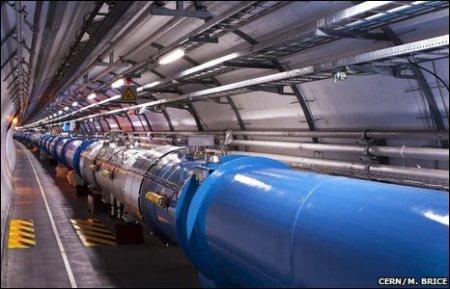 Большой адронный коллайдер радует ученых