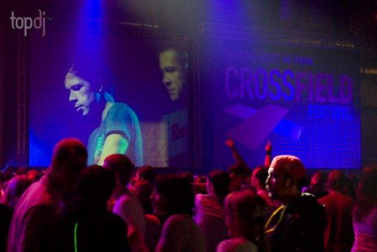 Crossfield - �����